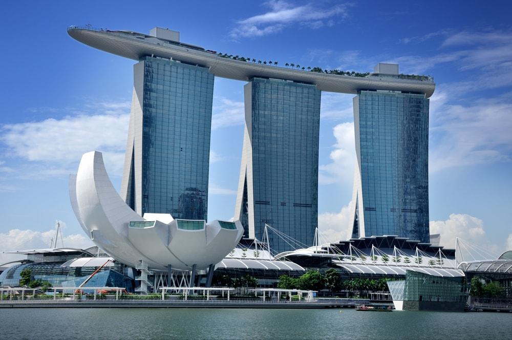 singapores-marina-bay-sands